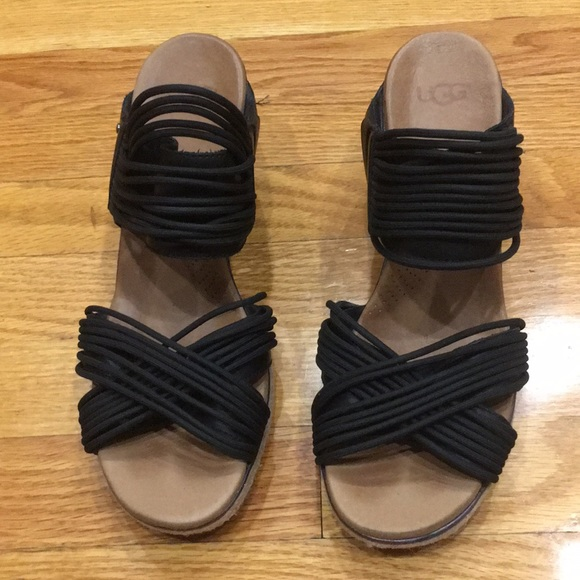 7450c605733 Ugg Hilarie Wedge Sandals